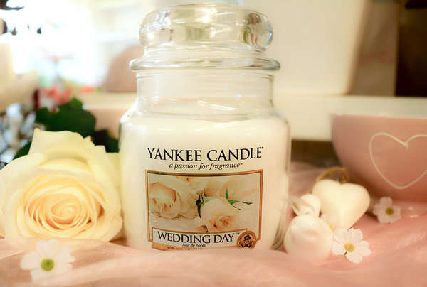 "Yankee Candle ""Wedding Day™"" im mittleren Glas"