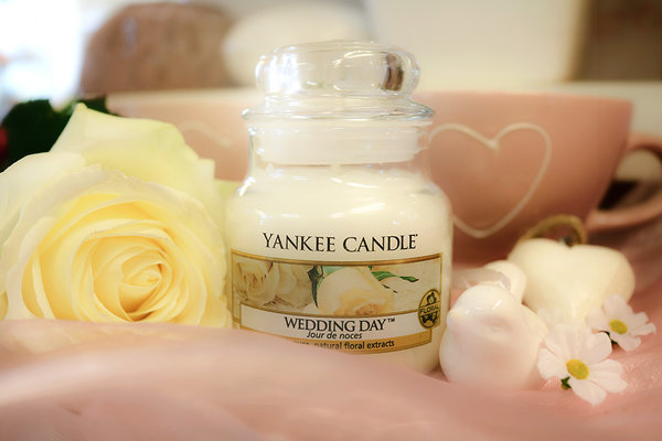 "Yankee Candle ""Wedding Day™"" im kleinen Glas"
