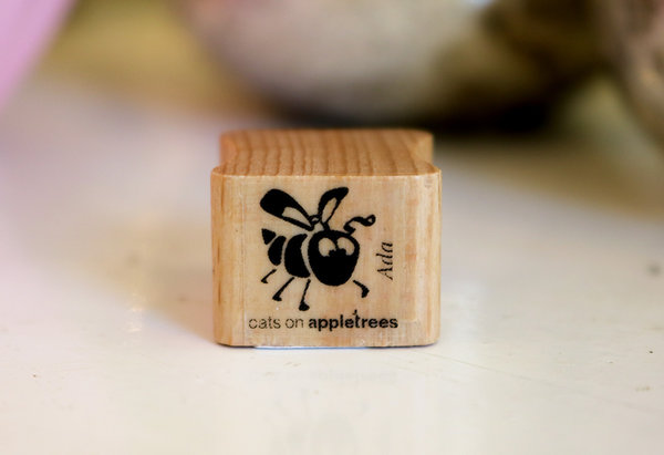 Stempel von Cats on Appletrees: Bienchen Ada
