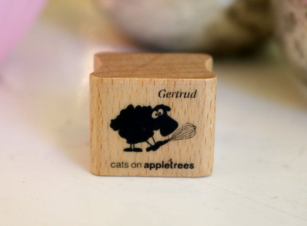 Stempel von Cats on Appletrees: Schaf Gertrud